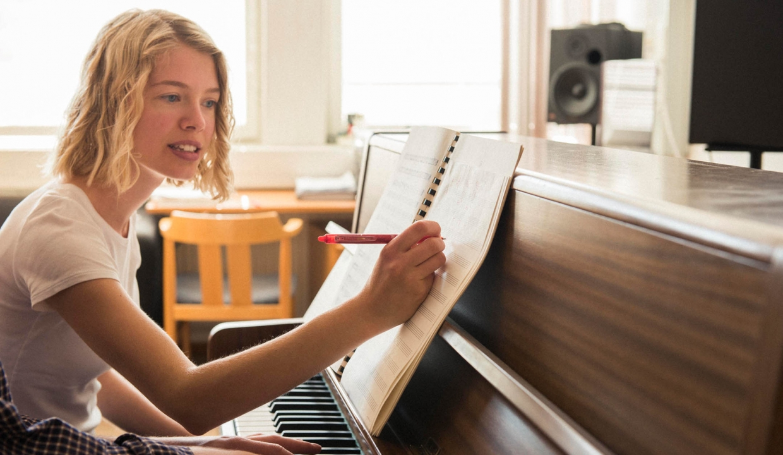 Deltagare komponerar