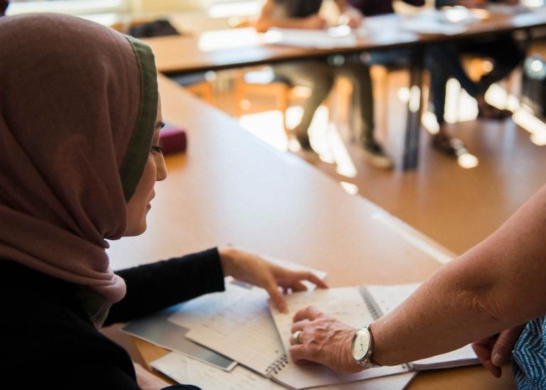 Bild på lärare och deltagare från svenska från dag 1